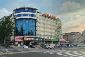 如家-烟台二马路第一海水浴场店