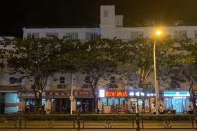 如家酒店-三亞解放路步行街汽車總站店(內賓)