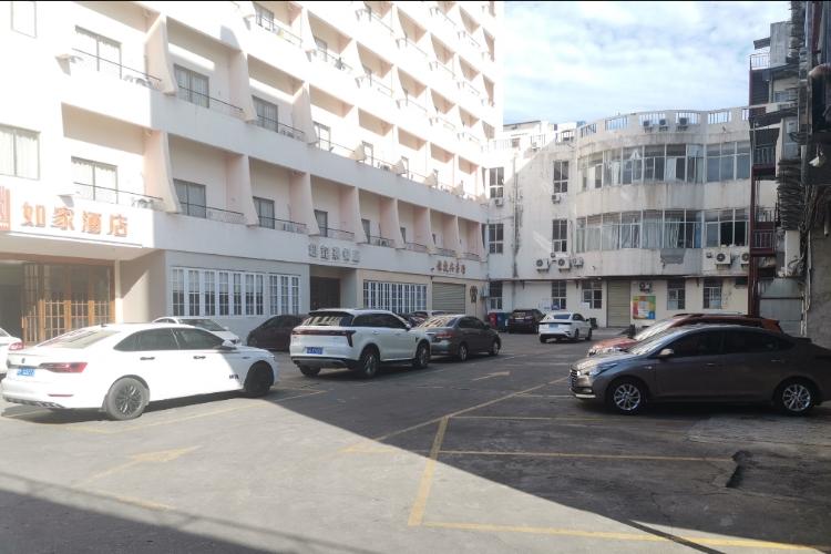 如家酒店-儋州那大解放北路步行街店(内宾)