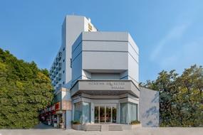 如家商旅(金標)酒店-南京火車站北廣場紅山動物園地鐵站店