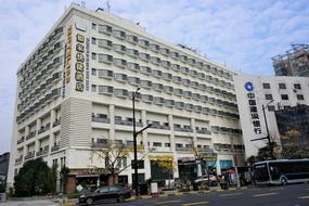 莫泰酒店-上海四平路海伦路地铁站店