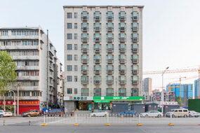 莫泰-武汉黄鹤楼首义广场复兴路地铁站店